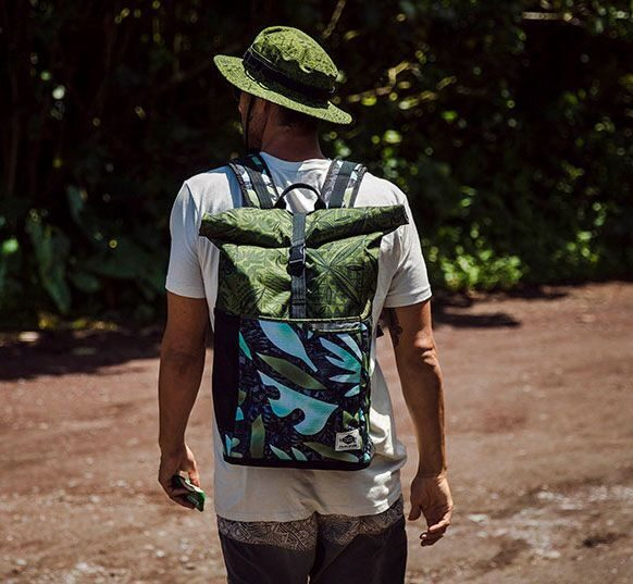 Рюкзак Dakine Section Roll Top Wet/Dry 28L Stacked